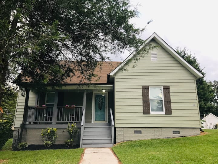 Beautiful Dunean Home near Downtown Greenville