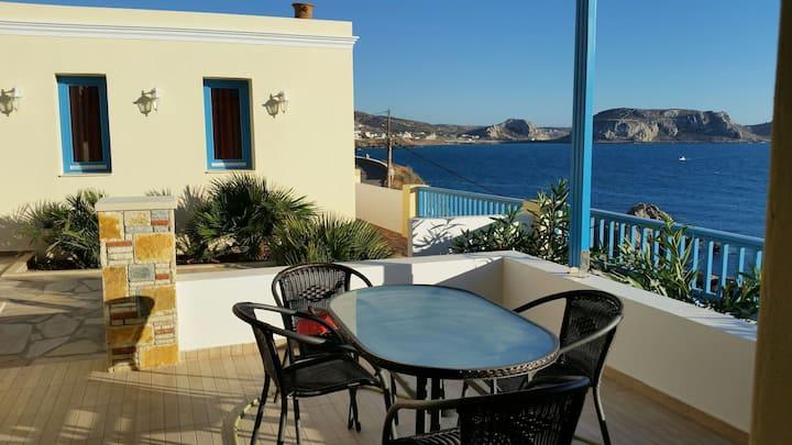 Finiki Villas and apartments. Five private  homes.