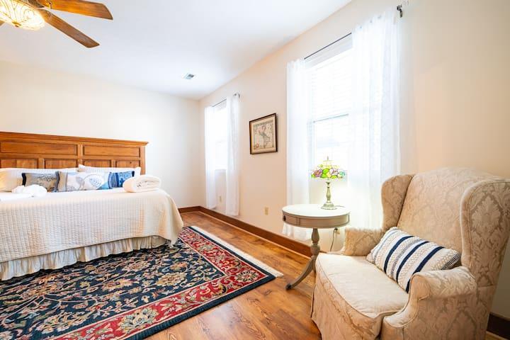 Master bedroom has new i-Comfort series king mattress.