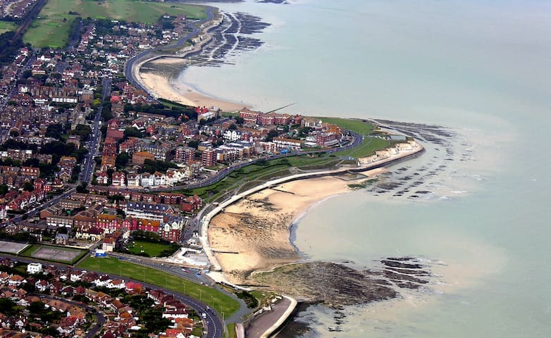 Hartley House Apartment:  Westgate -on-Sea. Kent