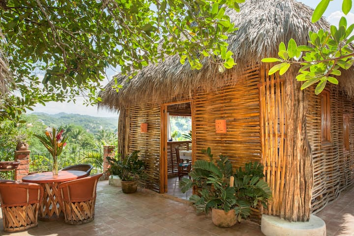 Spacious Rooftop Palapa Apartment - Sayulita - Apartment