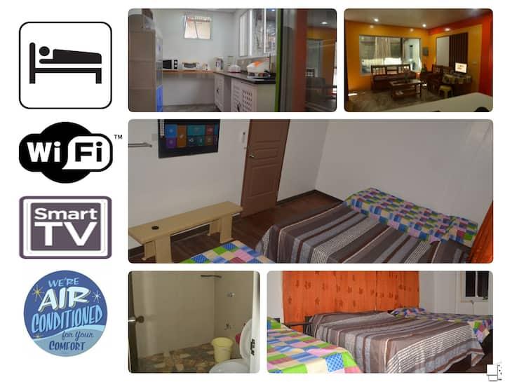 4:CityCenter AirCon Pvt-Toilet&Bath smartTV WiFi