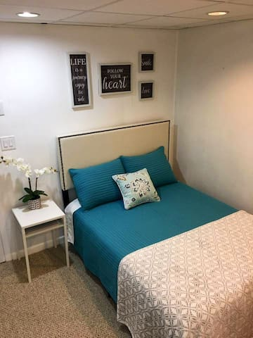 One Bedroom Apt. in Basement of Town House