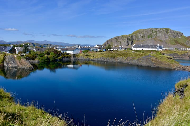 65 Easdale Island, with stunning sea views.