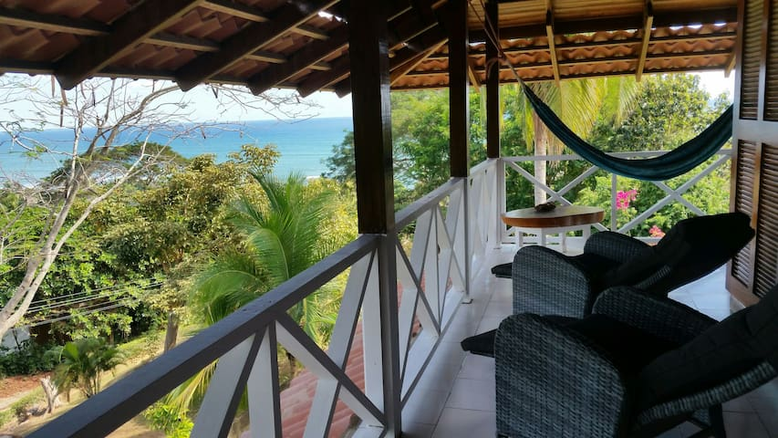 OCEAN VIEW LUXURY TREE HOUSE LOFT - FAST WIFI - Esterillos Oeste - Podkroví