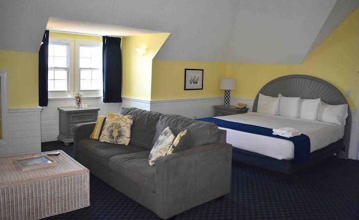 Inn at Corolla Light Sound Front King Suite #37