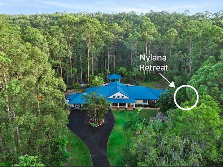 Scenic Noosa Hinterland Hideaway Nestled In Nature