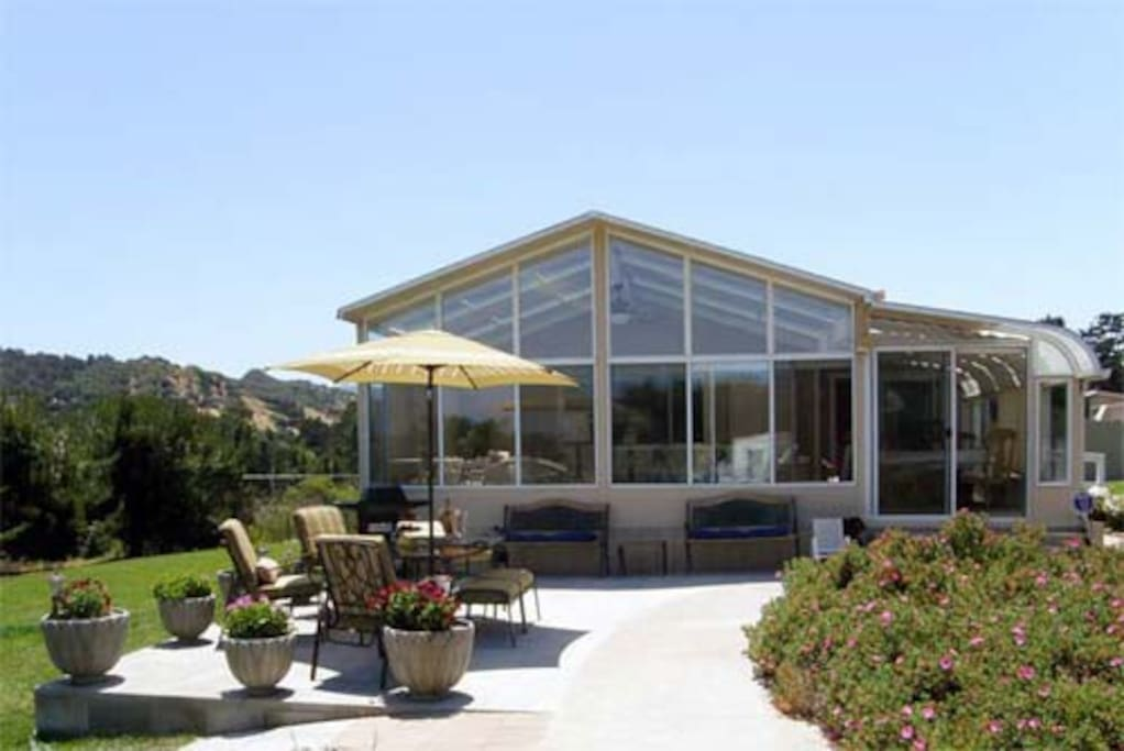 East Of Eden Guesthouse Suite Houses For Rent In Monterey California United States