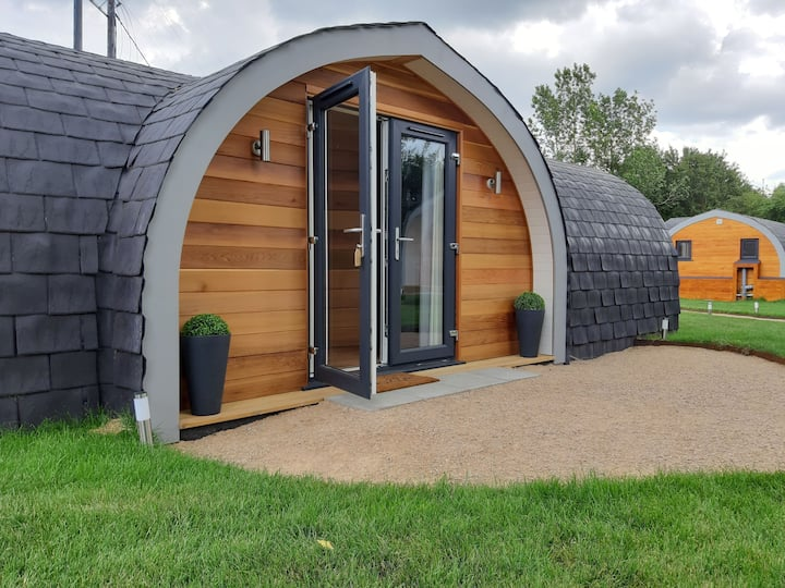Vanilla Pod heated glamping in Suffolk