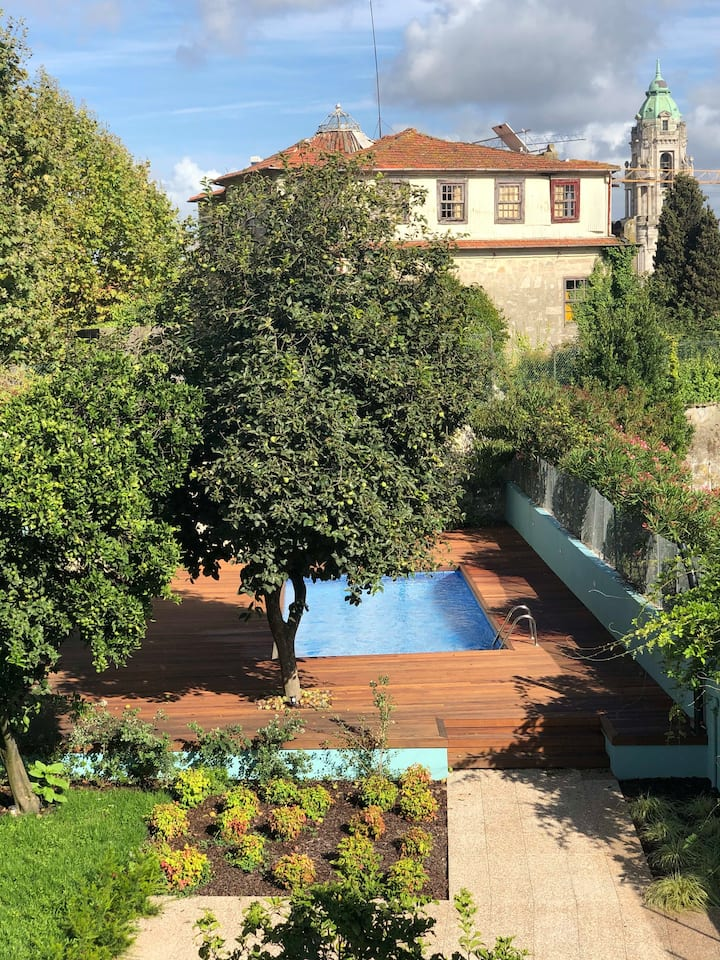 Oporto Swimming Pool House