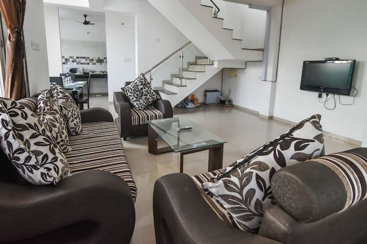 2bhk/Ac/bbq grill/swimming pool/good luck