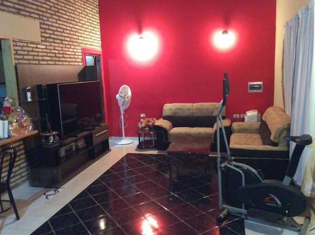 Habitación Confortable en Duplex Privado - Luque