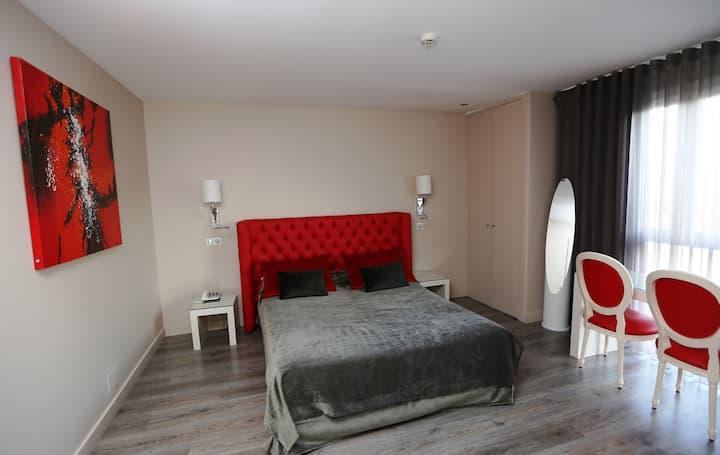 Charming Bedroom, Les Criquets