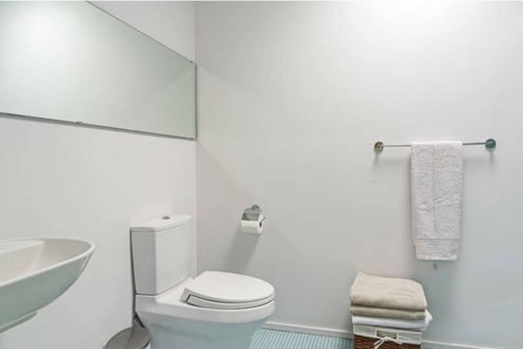 separate bathroom, shower and tub