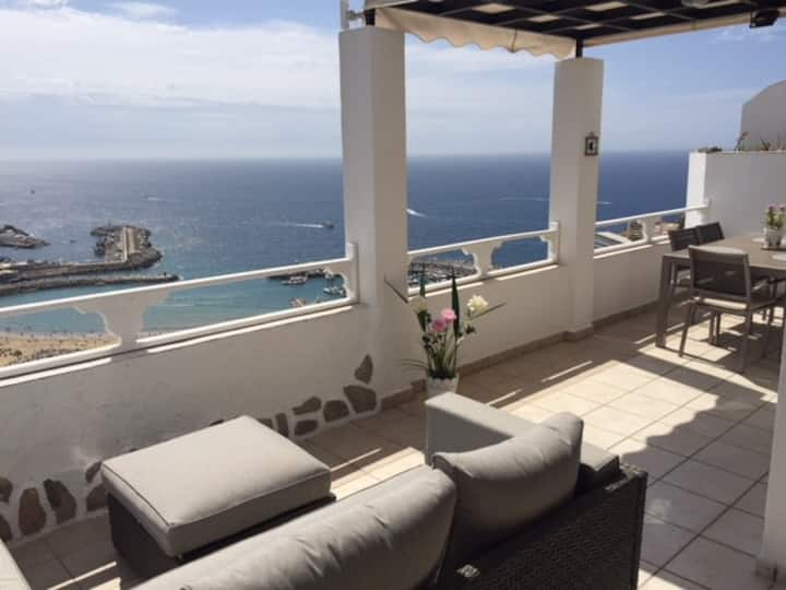 Skyline view house puerto rico canarie islands