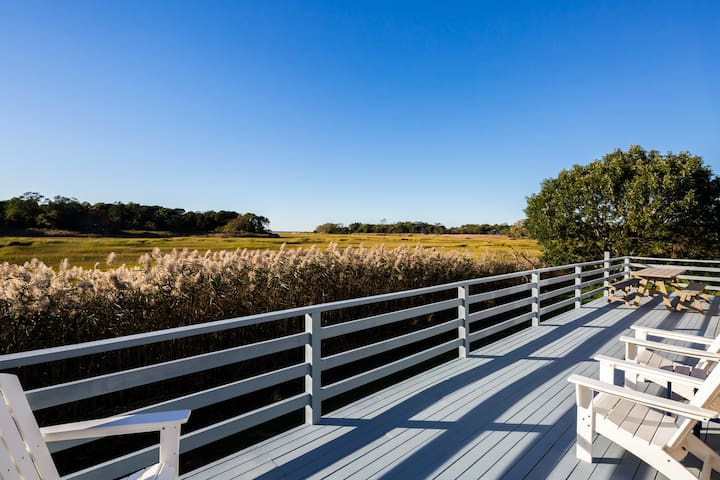 Renovated 3 Bedroom with Beautiful Marsh Views