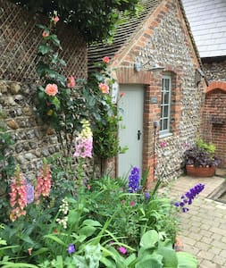 Providence Cottage: a boutique retreat for two - Angmering - Altres