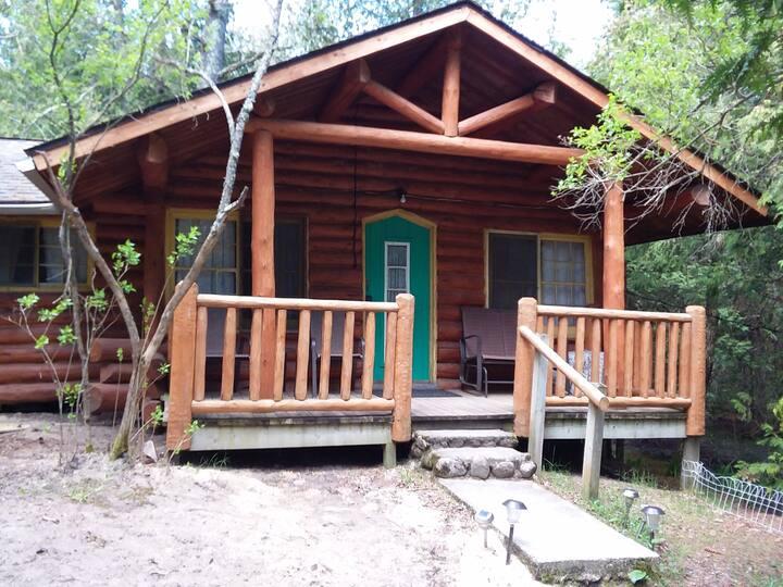 Cabin 7 (Balsams)