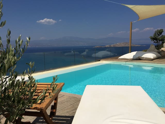 Luxurious villa with sea view - Corinthia, Sofiko, Amoni - Huvila