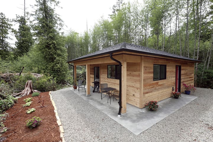 Tidal Retreat- Private Cabin Minutes to Beach