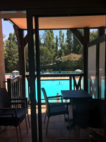 APARTMENT 2 ROOMS 4 PERSONS POOL VIEW