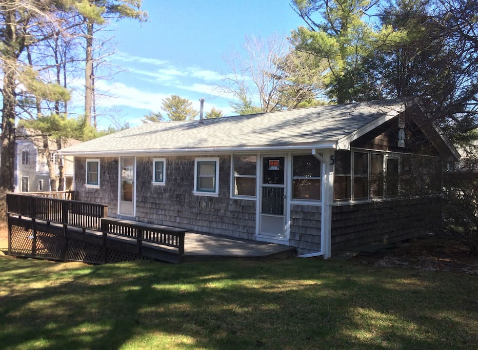 Cozy family cottage in york beach cottages for rent in for Family cottages