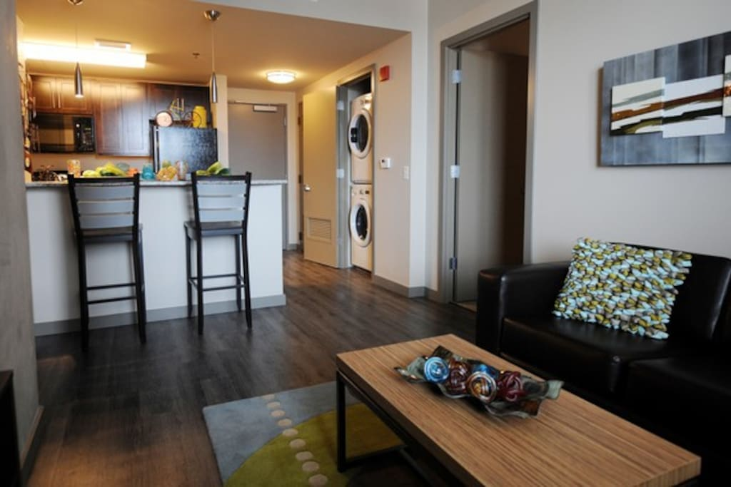 5th Floor 2 Br In The Heart Of Downtown Aa Apartments
