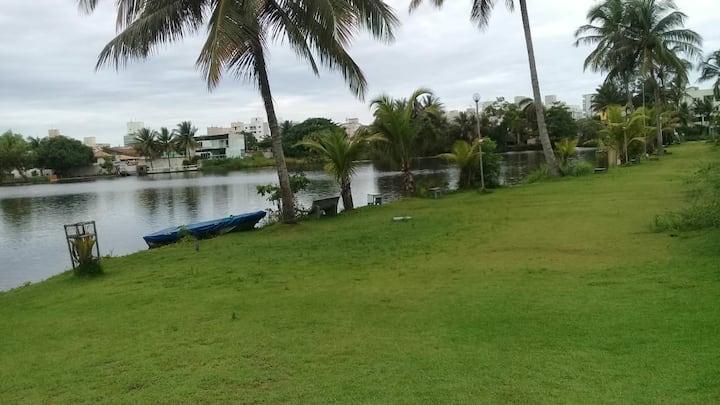 Paraíso particular á 5 min. da praia da Bacutia.