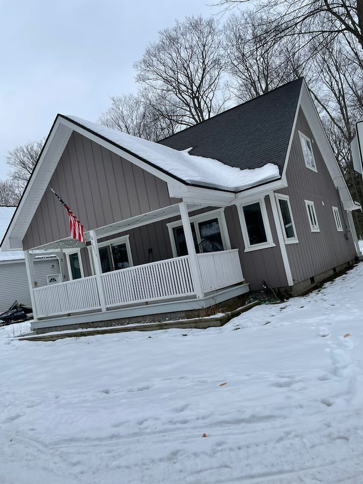 3bd/3 full baths. Snowmobile trails not far away!