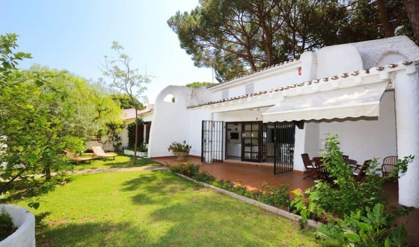 Bonita casa cerca playa Sa Calma - Cambrils - Villa