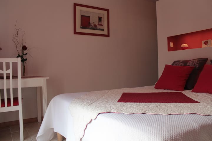 Chambre d'hôtes - Issigeac - Bed & Breakfast