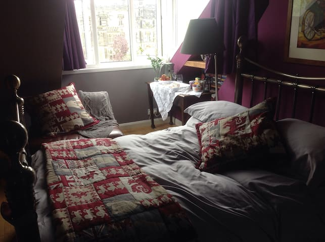 A private self-contained suite in hub of Jesmond.
