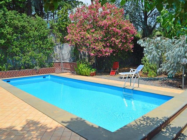 Appartamento con piscina Zafferana - Zafferana Etnea - อพาร์ทเมนท์