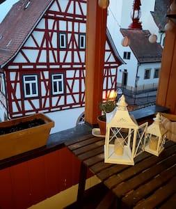 Wunderschöne Maisonettwohnung im Fachwerkhaus - Erligheim - Wohnung