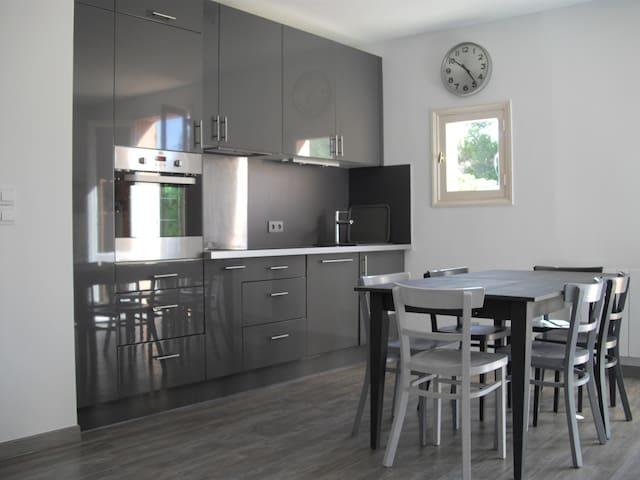 Appartement centre village de Saint Florent - Saint-Florent - Flat