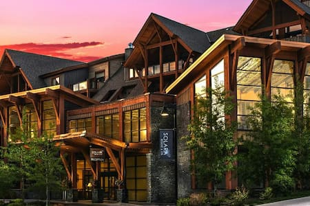 Luxury condo in a five star resort - Canmore