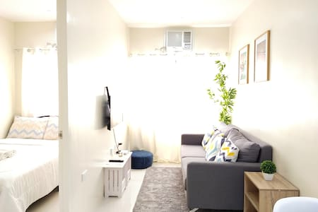 Cozy & Relaxing 1BR Condo w/ Netflix + City View