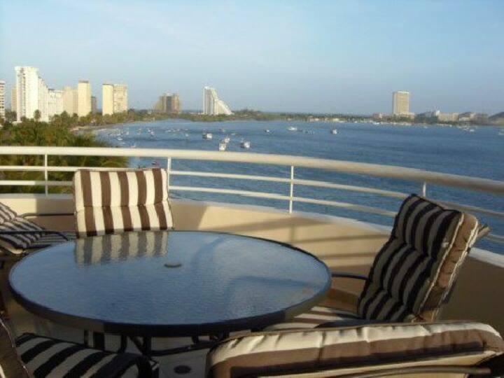 Apartamento Grande con Vista al Mar