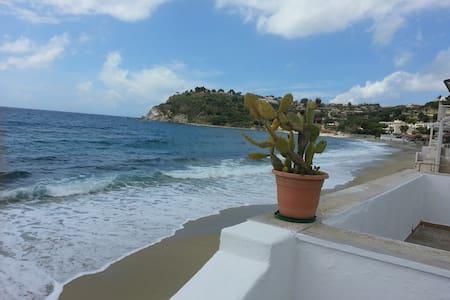 villetta sulla spiaggia - Santa Maria