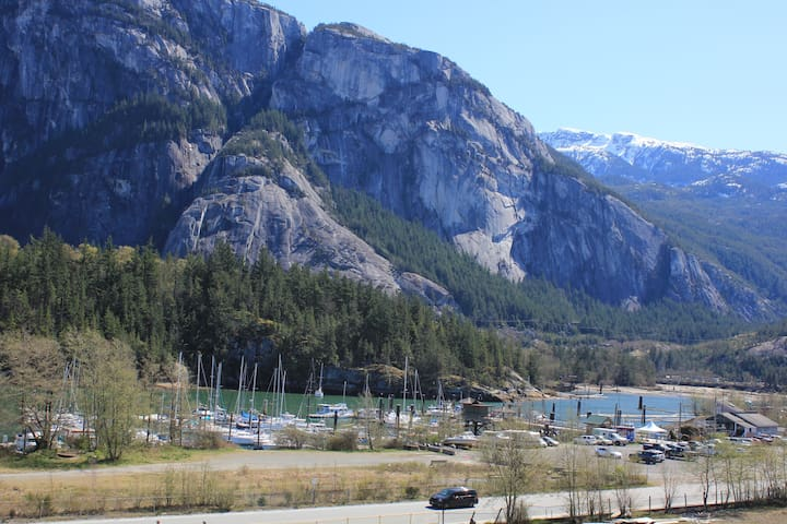 New Squamish Condo - with a view!!