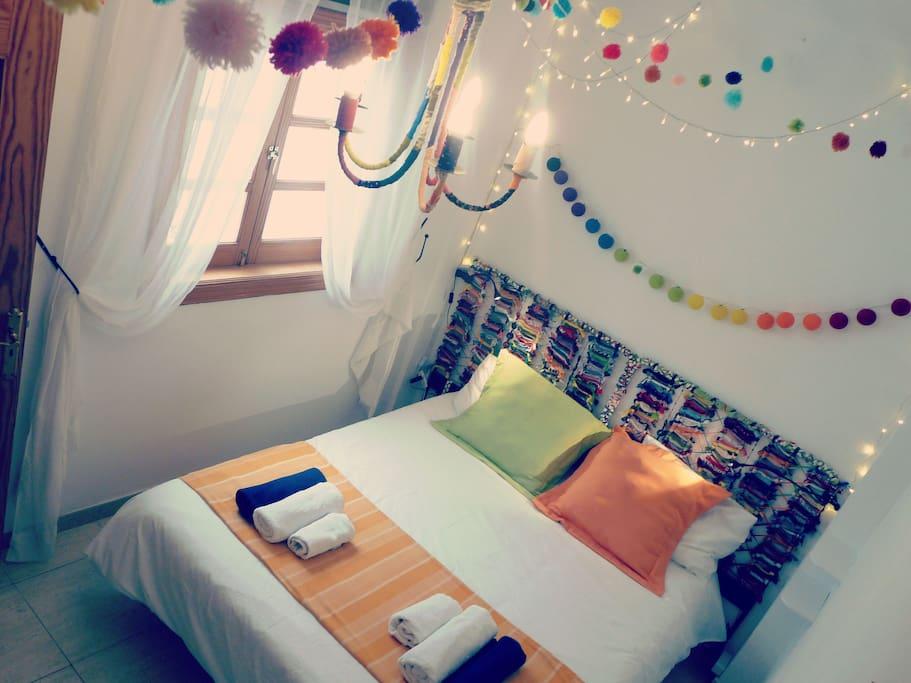 Un dormitorio para tener un buen día.