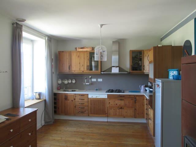 charmante maison rénovée - Logonna-Daoulas - House