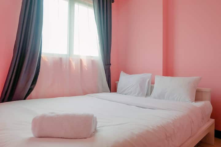 Homey and Stylist 1BR Gading Icon Apartment