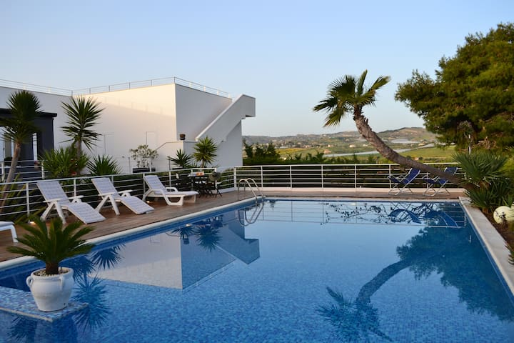 Villa with pool in the dunes - San Leone - Villa