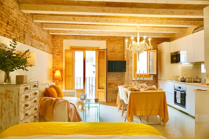 Chic Loft 4 Expats at Barcelona (Monthly rent)