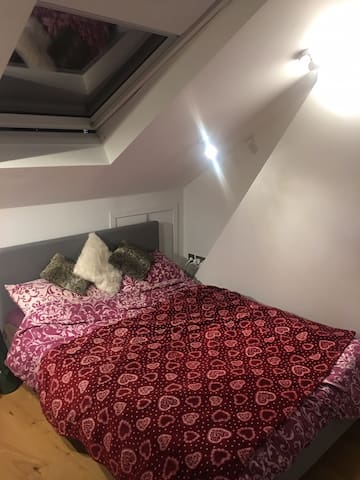 Fully furnished cosy flat in Eltham