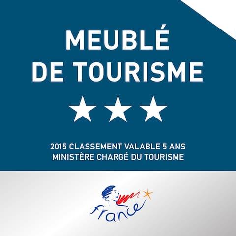 Gîte Bois Flotté classé 3*** par les Meublés de Tourisme, organisme agréé par le Ministère du Tourisme.