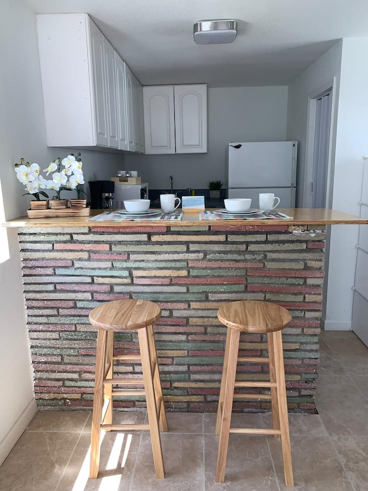 Lovely Studio Near the Beach and Downtown!!!
