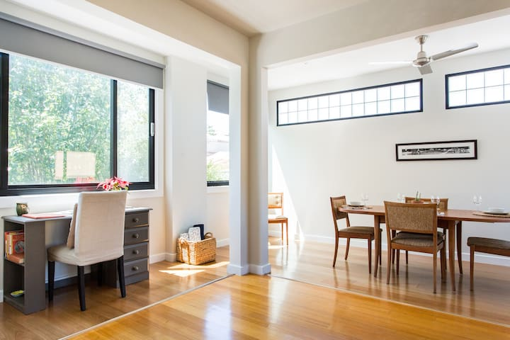 3 Level Townhouse in Brunswick East
