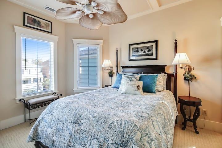 Hilton Head Comfort -Queen bed w/private bath